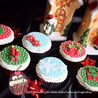 Christmas cupcakes 2013