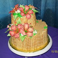 Small hibiscus wedding cake