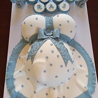 Amazing Baby Bump Cake