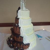 wedding/grooms cake ..all in one! yummy!