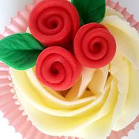 Deep Red Cupcakes by miettes