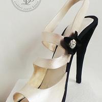 D&G Fondant Shoe black white