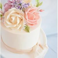 Romantic Elopement Wedding Cake
