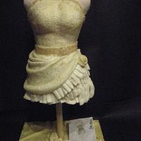 the mannequin cake