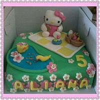 Hello kitty picknick cake