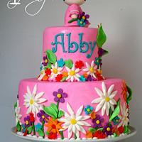 Hello Kitty Garden Cake