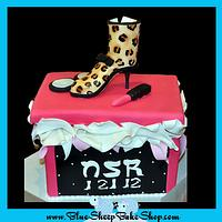 Shoe box cake - leopard boot