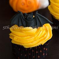 Too Cute Buttercream Halloween Cupcakes