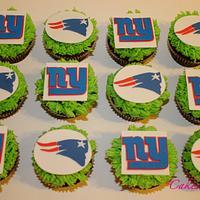 Superbowl 2012 Cupcakes