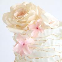 Single tier ruffles, roses & blossoms