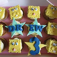 Spongebob banana muffins by Hellocupcake