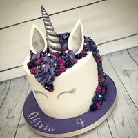 Silver and purple unicorn cake