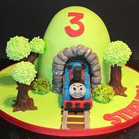choo choo thomas  by d and k creative cakes