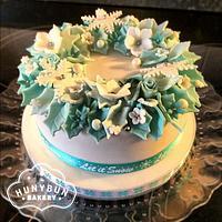Turquoise christmas wreath cake