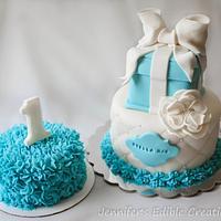 1st birthday cake with matching smash cake