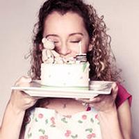 Make Pretty Cakes