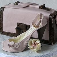 Vintage highheel and bag with roses