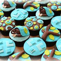 "Monkey ""Bum"" Cupcakes"