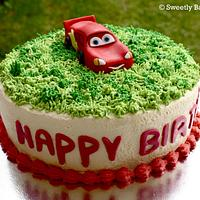 Fresh cream Lightning Mcqueen cake