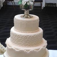 Vintage Classic Wedding Cake