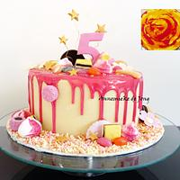 Pink & White Candyland Drip cake