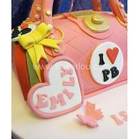 Paul's Boutique Pink Handbag Cake by Louise