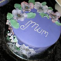 Pansies for Mum  by Sugarart Cakes