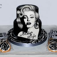 Marilyn Style Cake