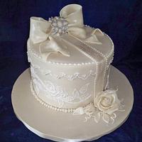 vintage box wedding cake
