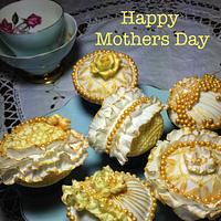 Mother's Day Cupcakes by Calli Creations