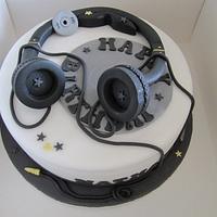 A budding DJ's cake