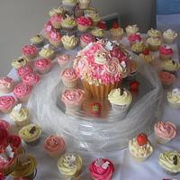Wedding giant cupcake and lots of cupcakes