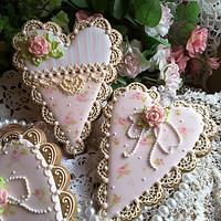Gingerbread keepsake hearts