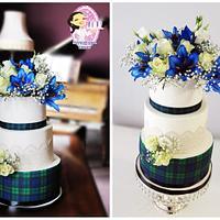 Wedding Tartan Pattern Cake With Fresh Flowers