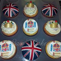 Jubilee themed cupcakes