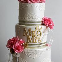 Wedding Roses by Anna Mathew Vadayatt