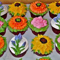 Cupcake flower pots in 100% buttercream