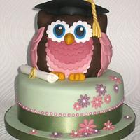 Owl Graduation Cake