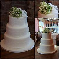 Lily of the Valley Wedding cake by TiersandTiaras