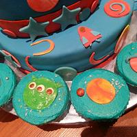 Space themed cake by Bake Cuisine