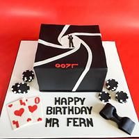 007 James Bond poker cake