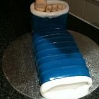 foot cast cake!