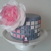 Wafer paper flower and mozaic design