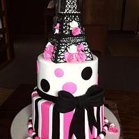 Paris's 21st cake