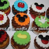 Mickey Mouse minicupcakes