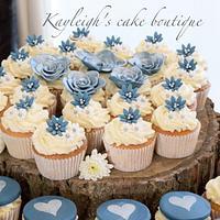 Navy rose wedding cupcakes
