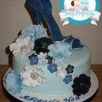 Shoe Hen Cake