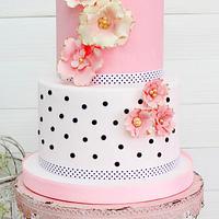 Chic Parisien Wedding Cake