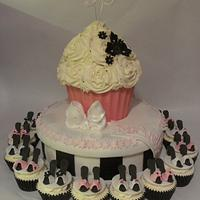 Hat Box style giant Cupcake with matching shoes cupcakes
