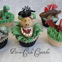 Dinosaur ...... Roar !! by Pat